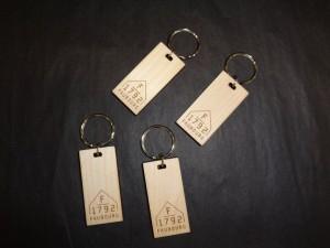 Porte-clés en bois gravés au laser