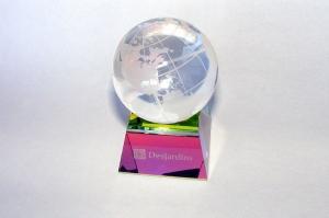 Trophée globe en crystal