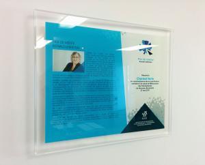 Plaque en acrylique imprimé à l'endos